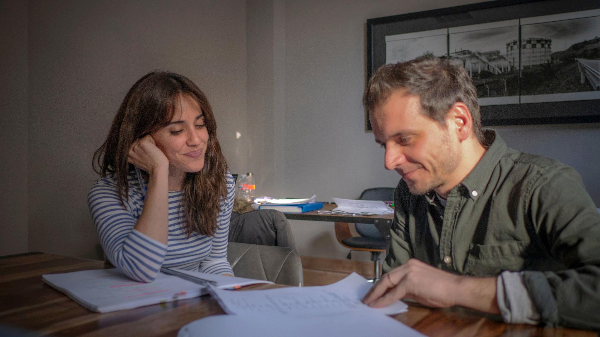 Macarena García y Pedro Collantes, director de El arte de volver