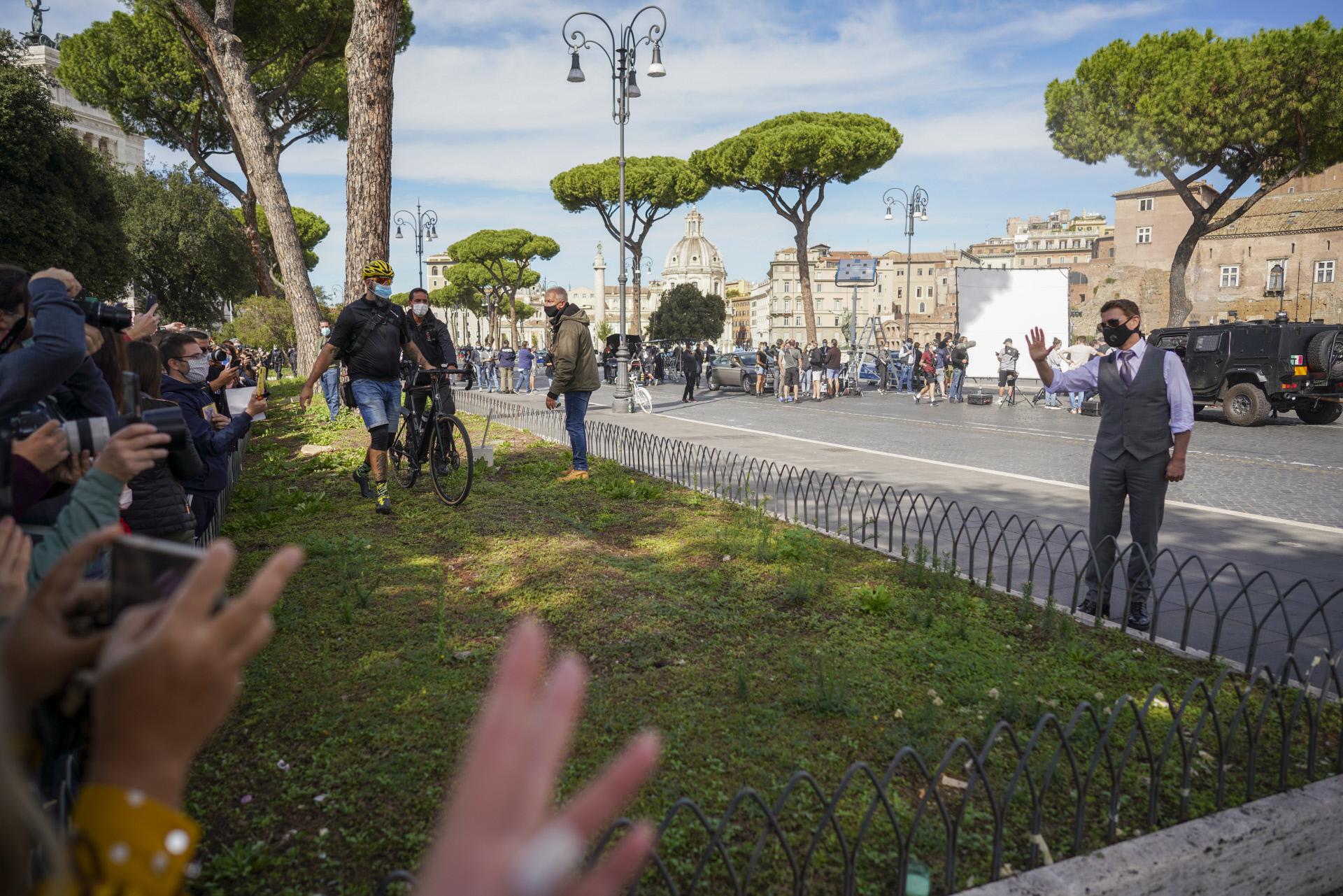 """Tom Cruise, durante el rodaje de """"Misión Imposible 7"""" en Roma."""