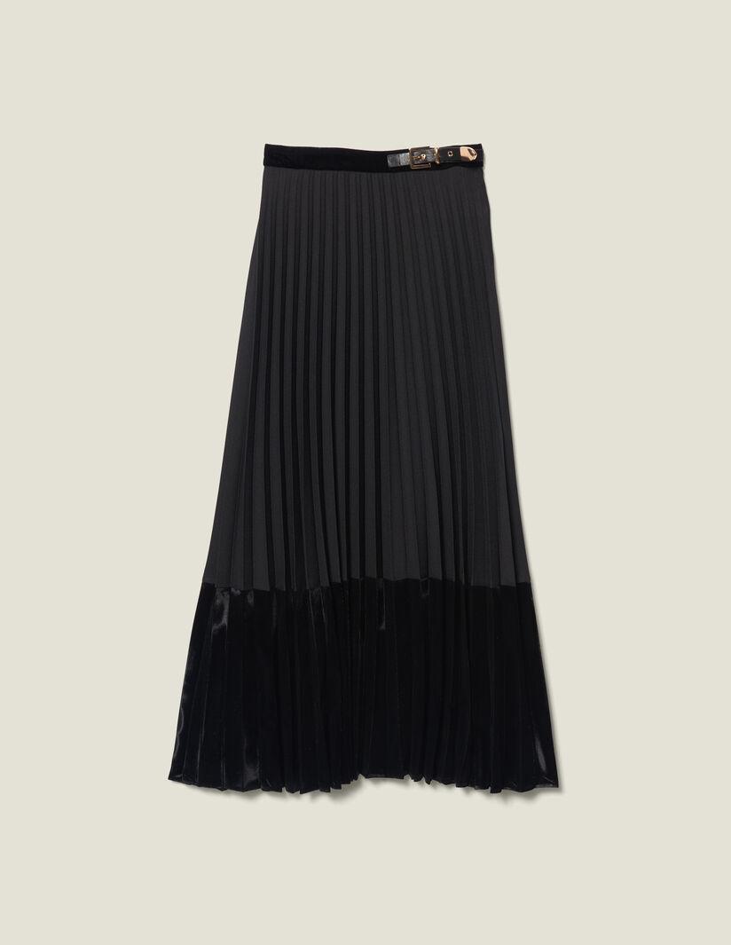 Falda plisada de Sandro (265 euros).