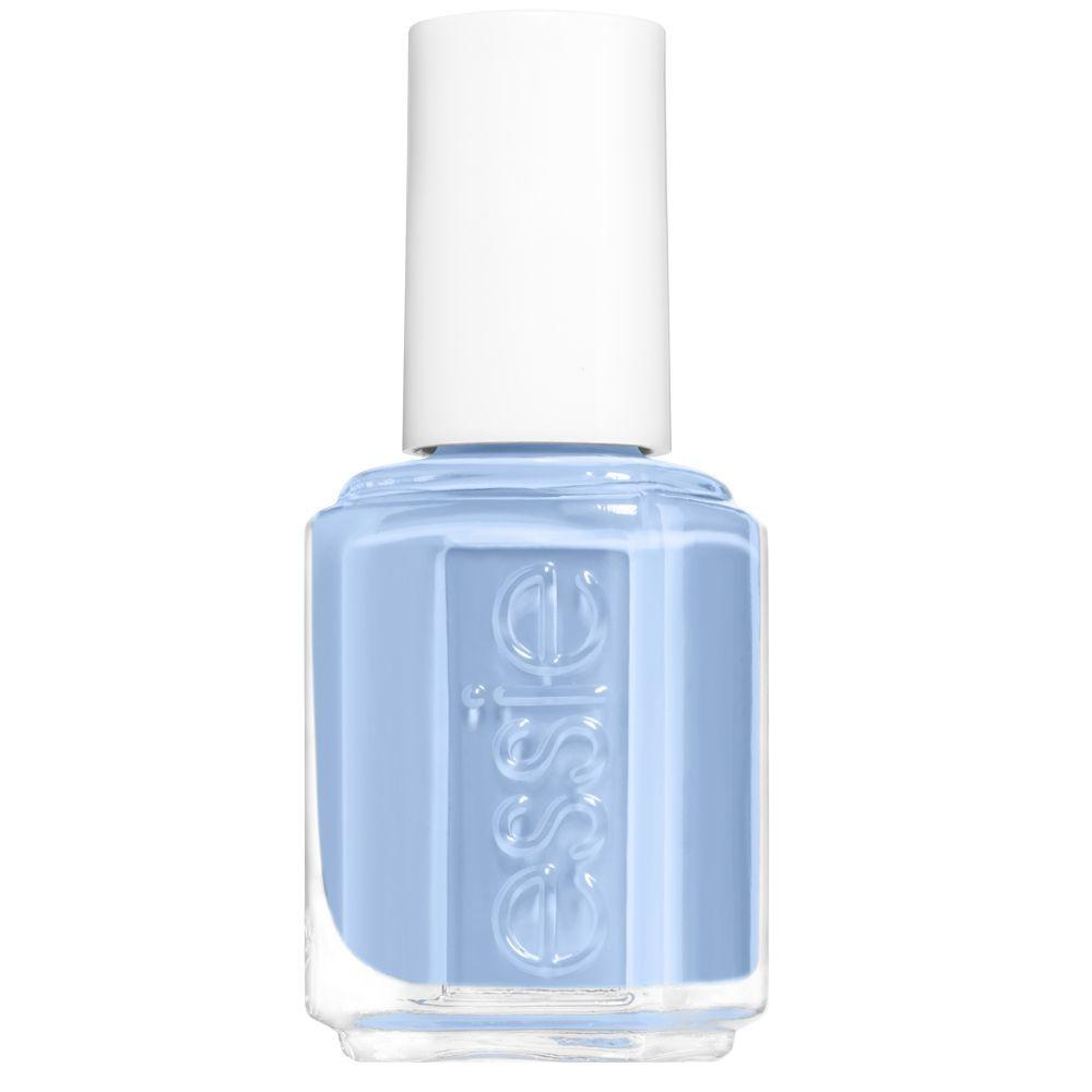 Esmalte de uñas azul claro Saltwater Happy de Essie (11,99 euros).