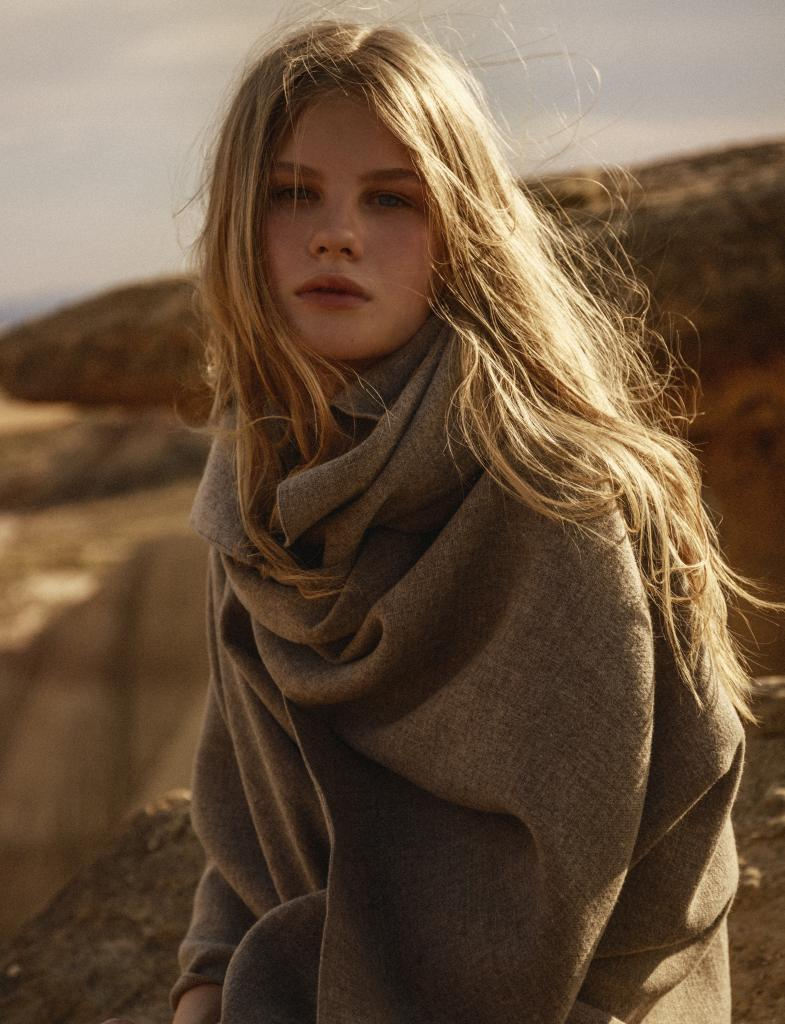 Cuidado con el material de bufandas y gorros para evitar la electricidad estática en el pelo.