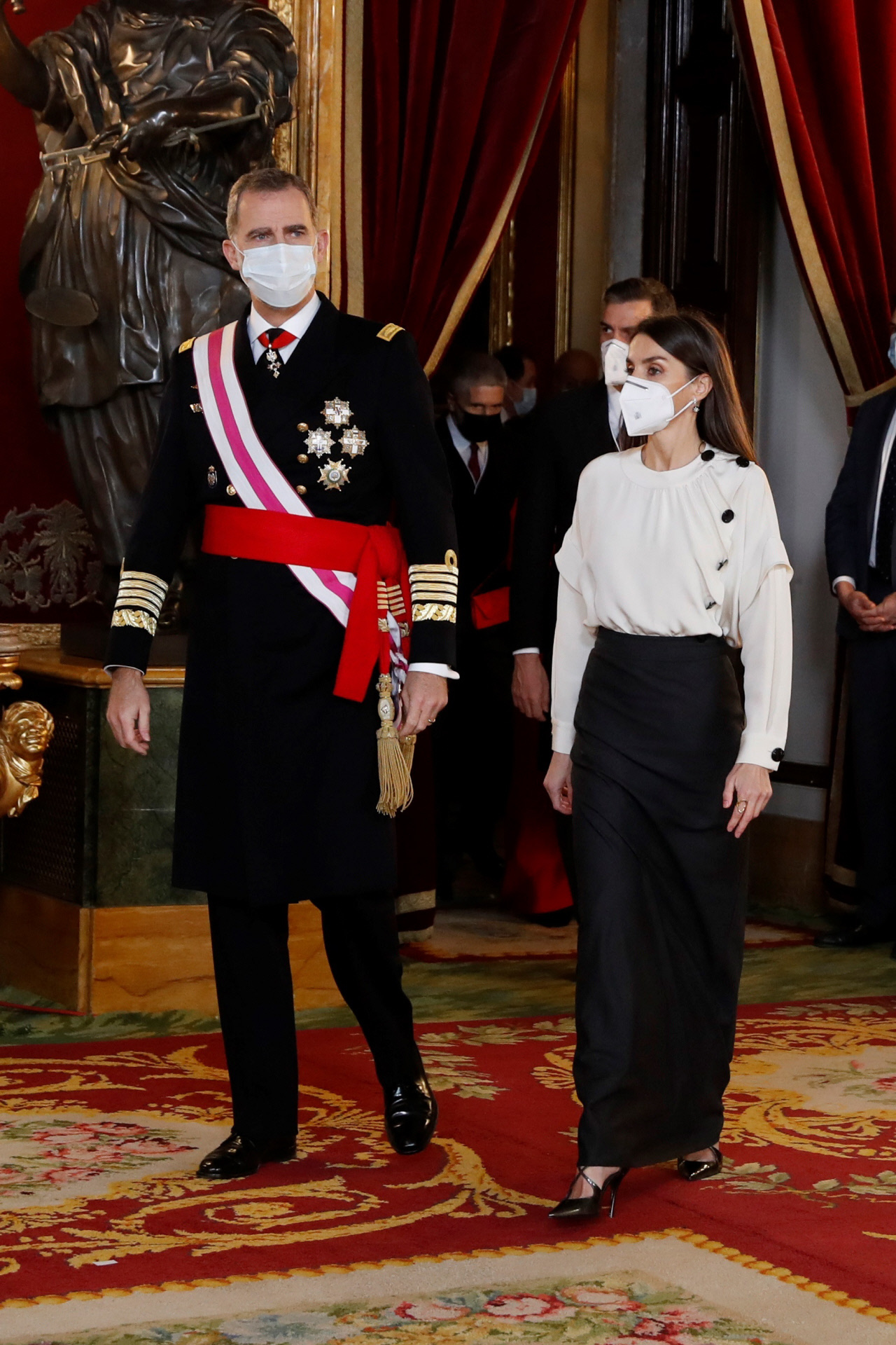 El rey Felipe VI y la reina Letizia en la posterior recepción a la Pascua Militar 2021.