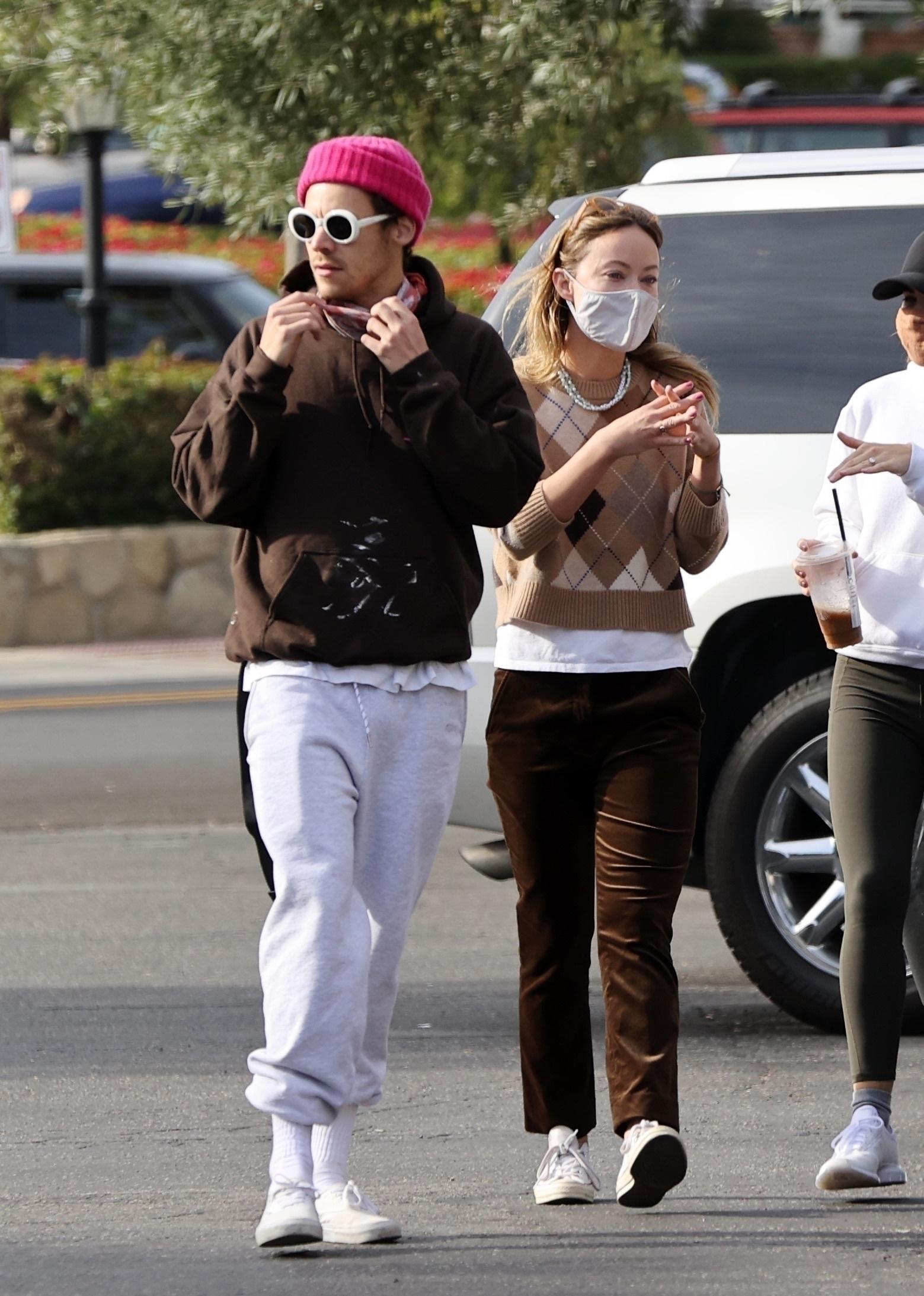 Su paseo juntos confirma su idilio, también con la moda.