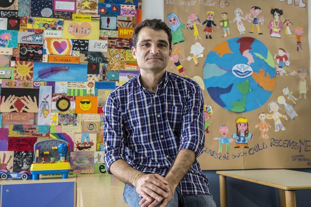 Daniele Mencarelli en el hospital pediátrico Bambino Gesù, el lugar que paradójicamente le salvó la vida.