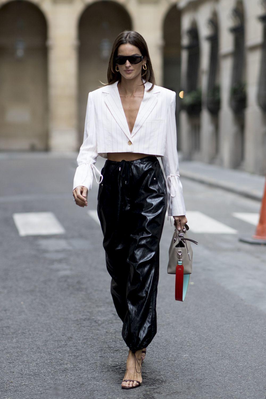 Alesandra Ambrosio en París.