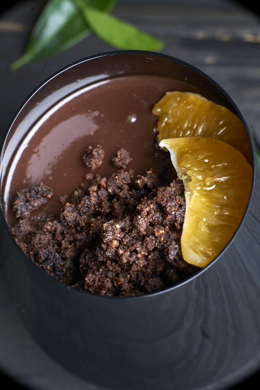 Vasito de crema de cacao con mandarina