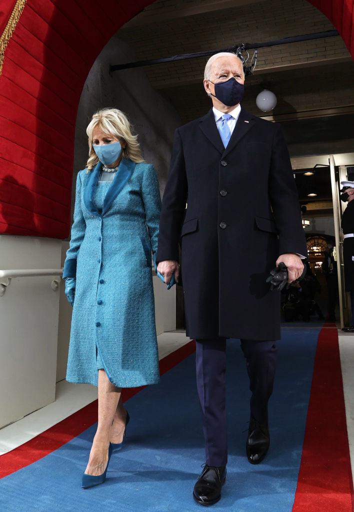 Joe y Jill Biden en el Capitolio minutos antes de la toma de posesión.
