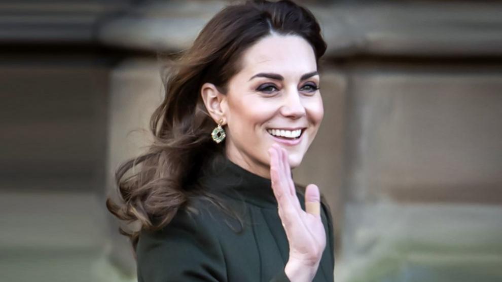 Kate Middleton dice adiós a su melena con ondas y aparece con un look de pelo con el que está irreconocible - Telva.com