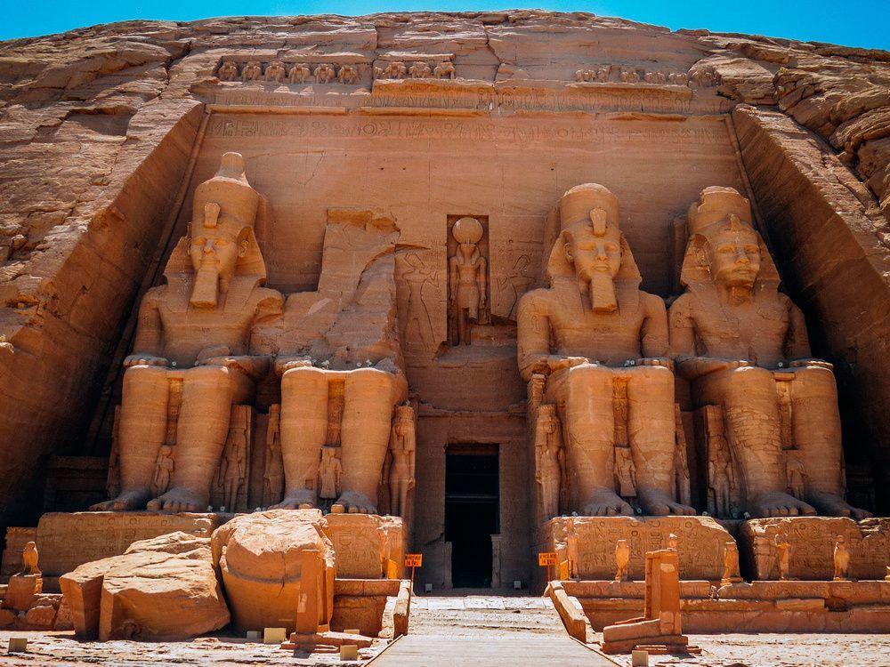 Acudir a los rincones del Antiguo Egipto sin turistas es una oportunidad única.