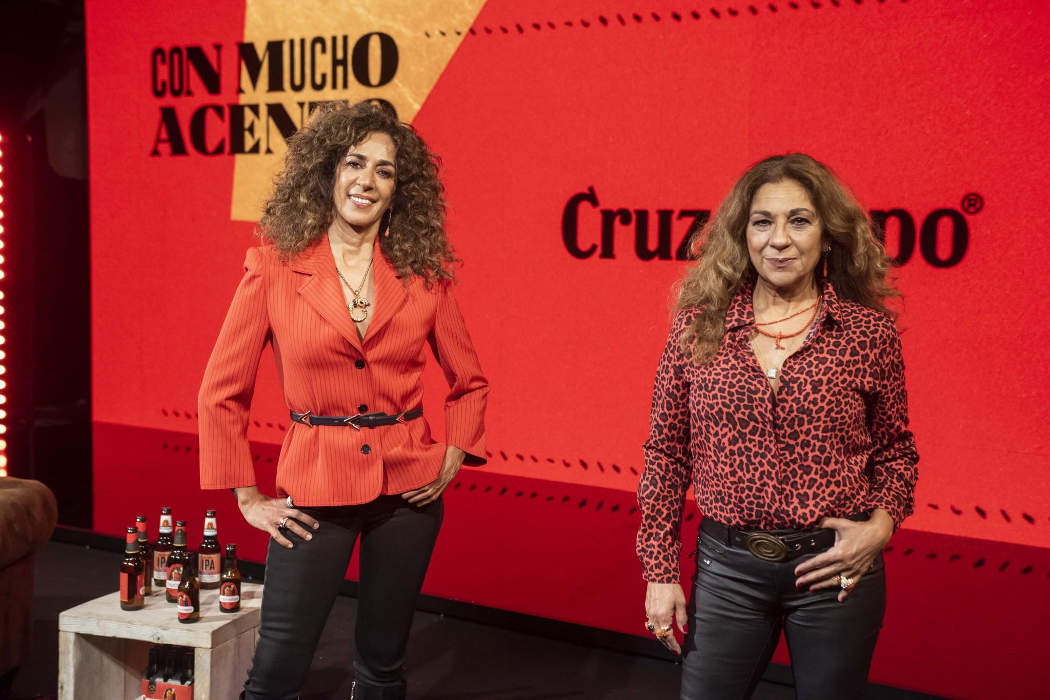Rosario y Lolita Flores han participado en el spot de su madre, Lola Flores, para Cruzcampo.