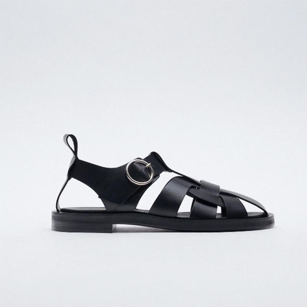Sandalias cangrejeras de Zara: 69,95 euros.