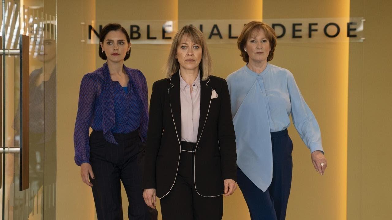 """Nicola Walker, Stephen Margan y Deborah Findley son las protagonistas de """"The Split"""", en Filmin."""