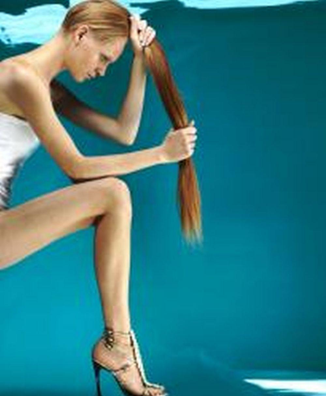 Puede producirse caída de pelo entre 2-4 meses después de la infección.