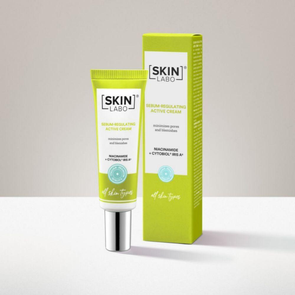 Crema activa reguladora del sebo, Skinlabo (30 euros), con niacinamida, extracto de iris y sal de zinc, recomenda como pre base de maquillaje para mujeres con piel grasa.
