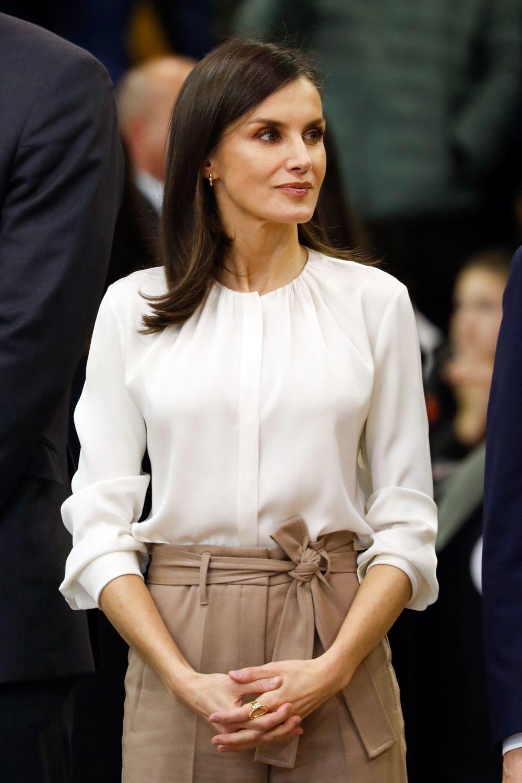 La reina Letizia se ha convertido en la mejor embajadora royal de la no-manicura.