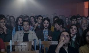 Fotograma de 'La isla de las rosas' (Netflix).
