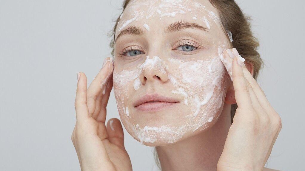 La limpieza del rostro, una deliciosa experiencia de bienestar