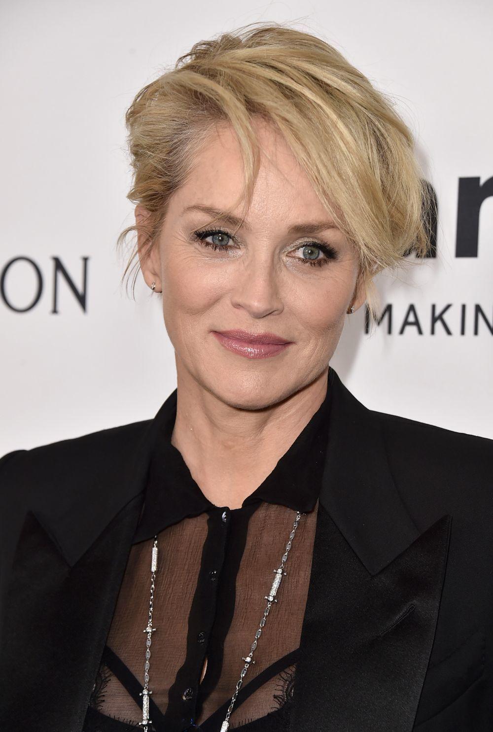 Sharon Stone con su corte pixie asimétrico.