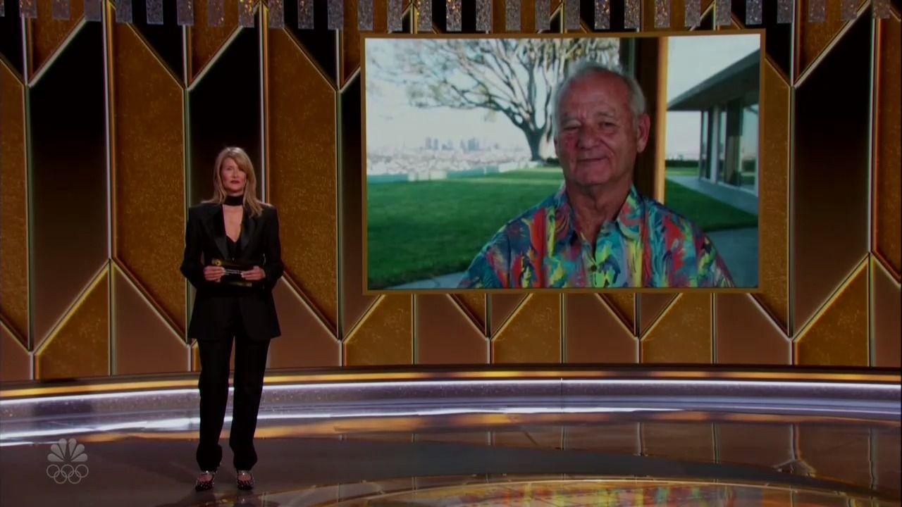 Laura Dern presentando a Bill Murray en los Globos de Oro 2021.