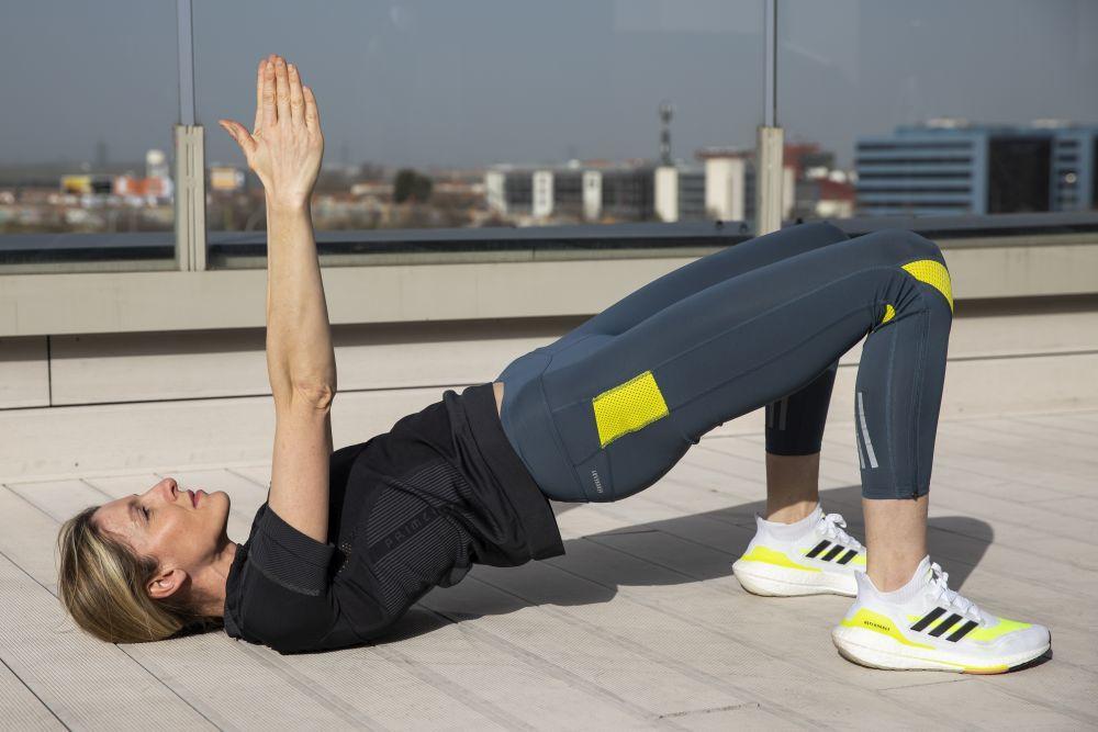 Es muy importante la corrección postural a la hora de ejecutar cada ejercicio.