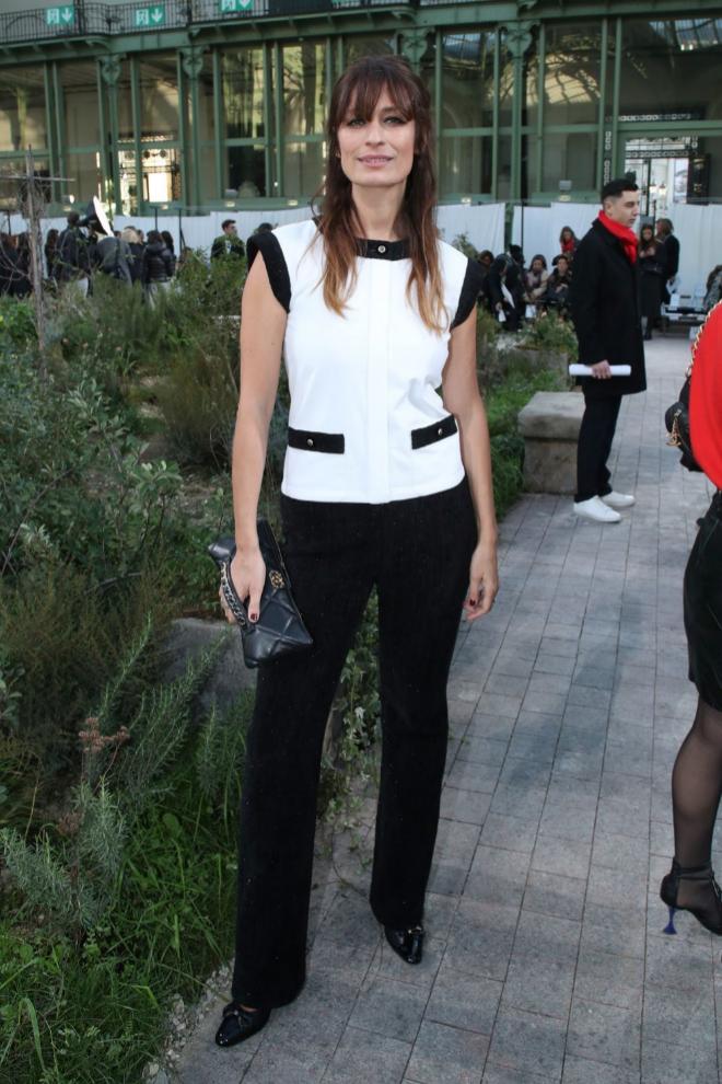 Caroline de Maigret en un desfile de Chanel.