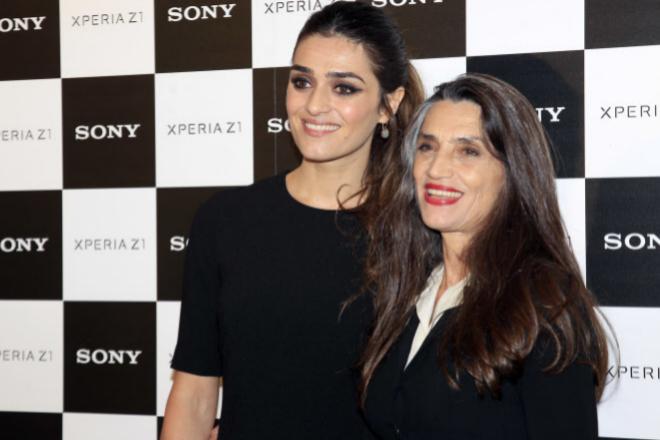 Con su hija Olivia, también actriz, que le ha hecho abuela.