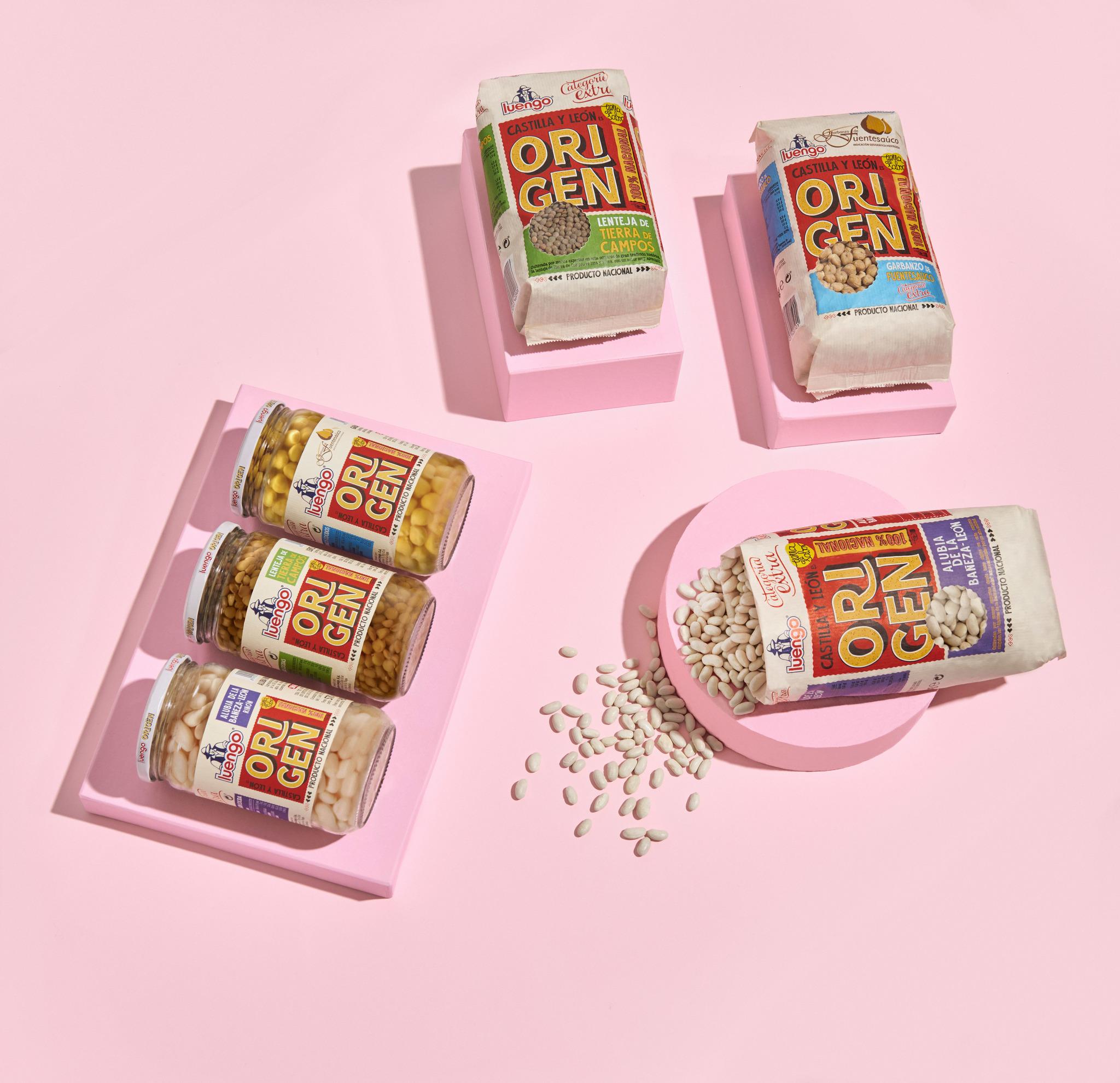 Nuevo packaging más sostenible introduciendo el uso de papel en los paquetes en seco y nuevo tarro ancho para facilitar el vaciado en los cocidos.