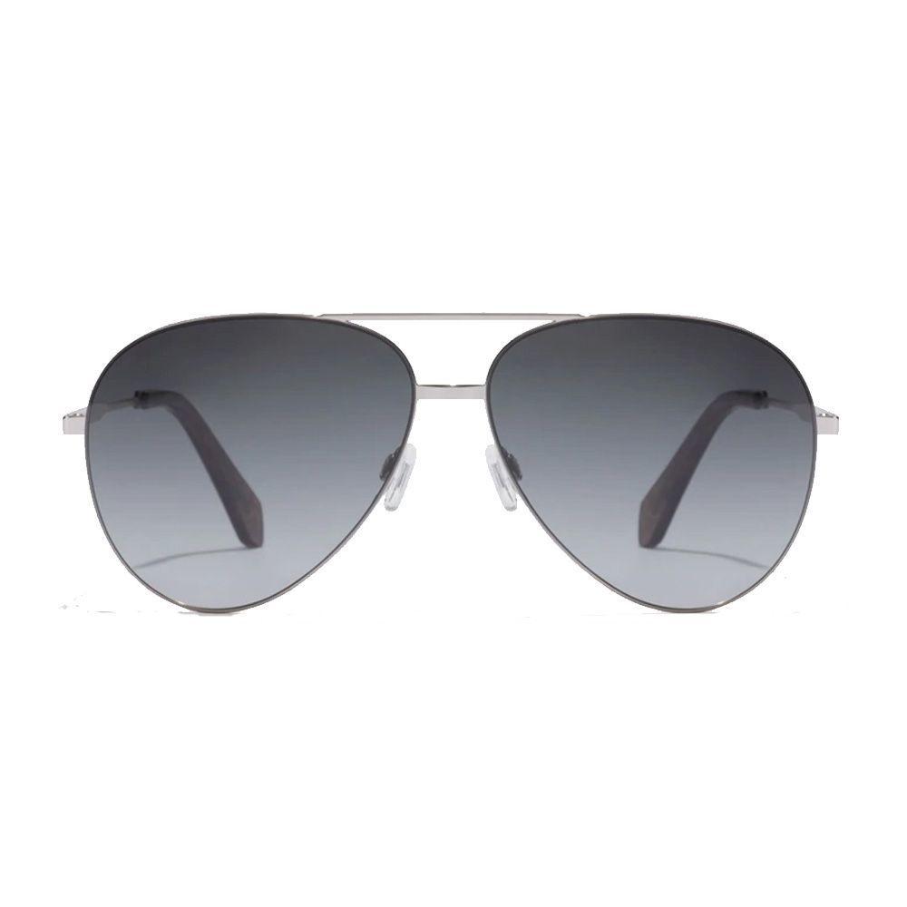 Gafas de sol estilo aviador.