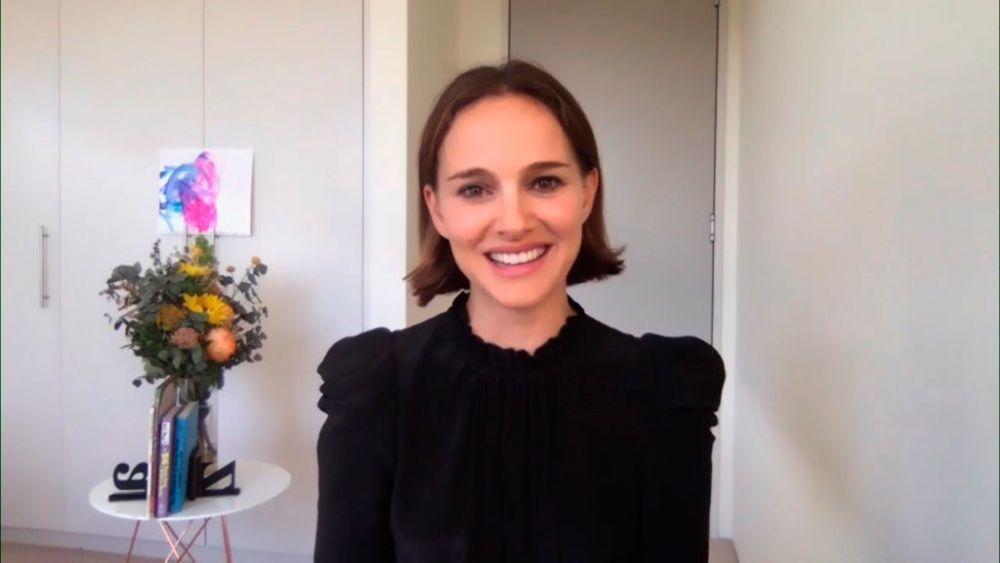 La silueta encajada al cuerpo, como este look de Natalie Portman,...
