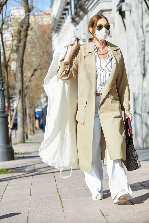La estilista Blanca Unzueta, de shopping buscando looks para Tamara Falcó.