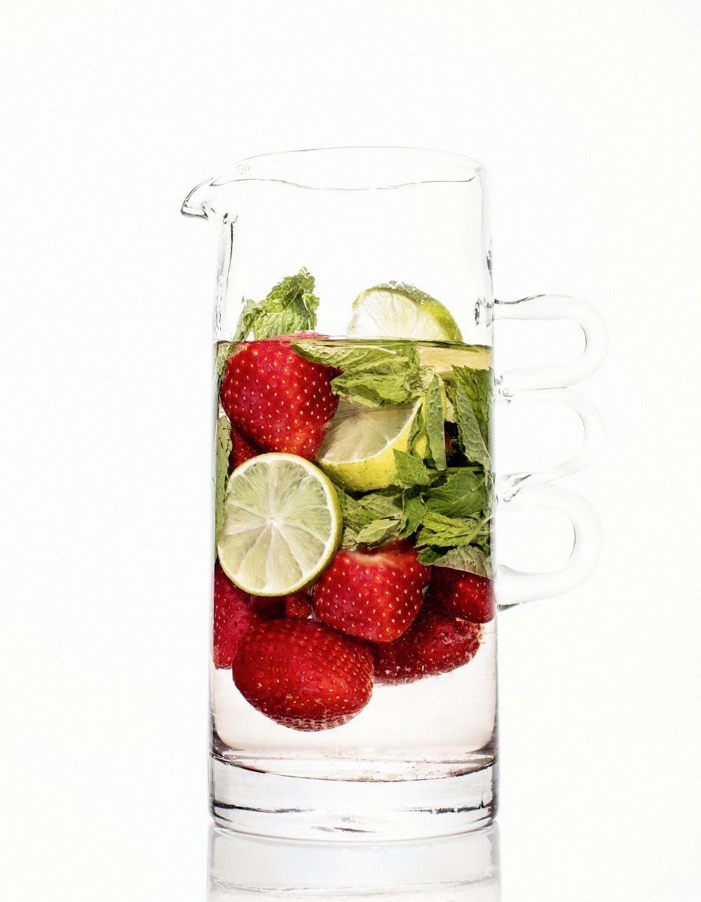 Cuando eliminamos cada vez más alimentos de nuestra dieta, lo que suele ocurrir es que se hace una dieta muy monótona y poco sostenible y una alimentación en la que el placer de comer es casi nulo