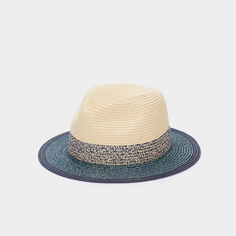 Sombrero textura rafia.