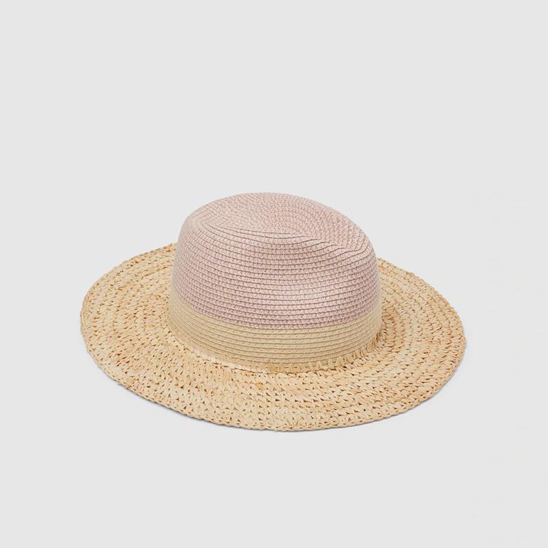 Sombrero tipo fedora de papel.