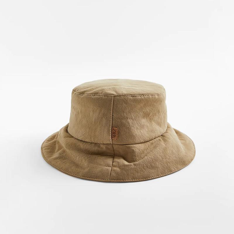 Sombrero bucket acolchado.
