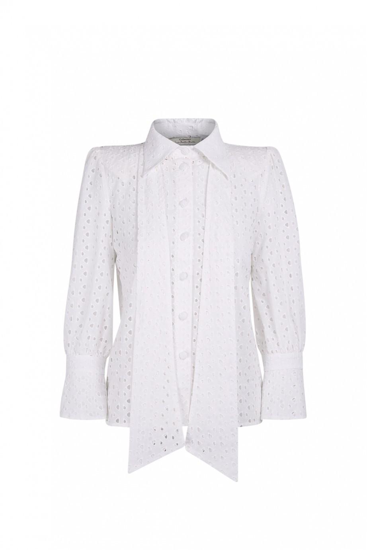 Camisa de algodón calado, de Inés Martín Alcalde.