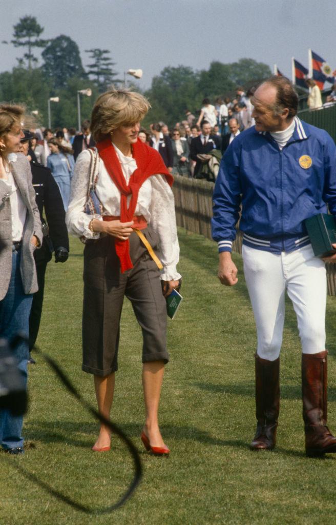 Lady Di con bermudas en Windsor, 1983.