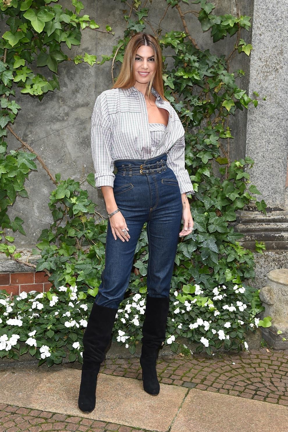 Bianca con sus copiados looks de street style.
