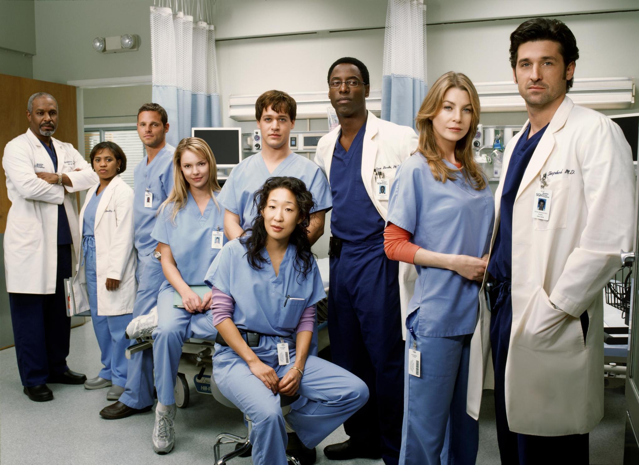 """Elenco original de la serie """"Anatomía de Grey"""" en su primera temporada, estrenada en 2005."""