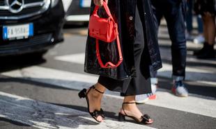 Las sandalias de tacón sensato.