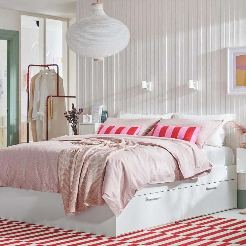 Estructura de cama BRIMNES, de IKEA.