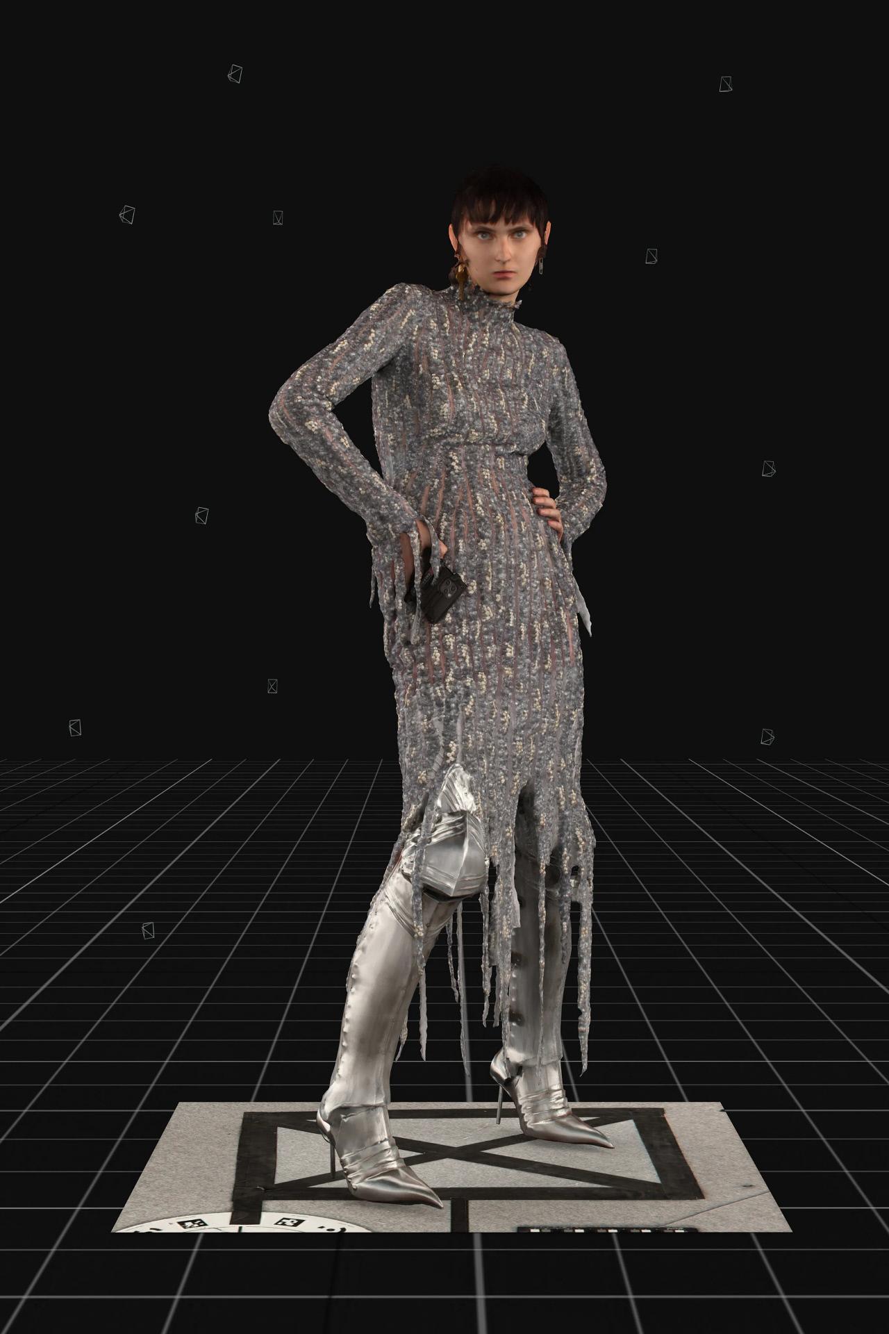 Look de Balenciaga en la New York Fashion Week.