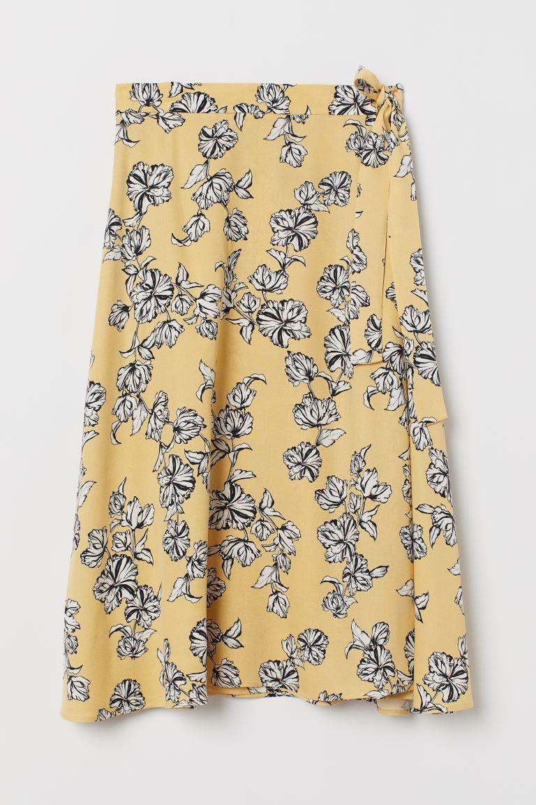 Falda pareo estampada de H&M.