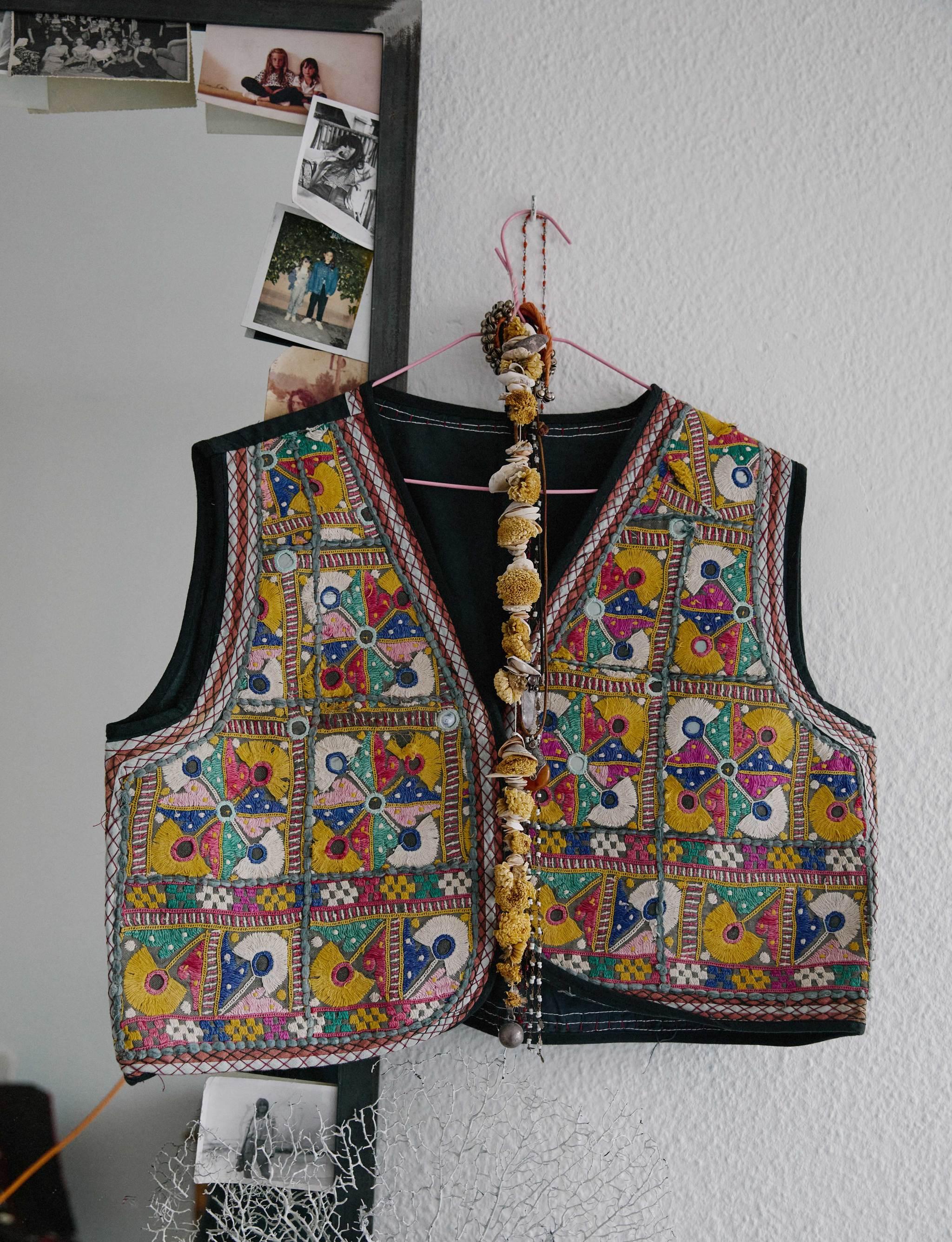 Un chaleco de estilo étnico de Gabriela