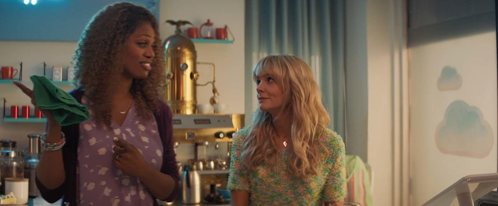"""La actriz trans Laverne Cox también forma parte del reparto de """"Una joven prometedora""""."""
