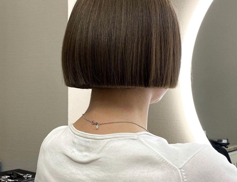 Ideal para acabar con el aspecto descuidado de las puntas abiertas, este nuevo corte de moda hará que tu cabello se vea más saludable que nunca.