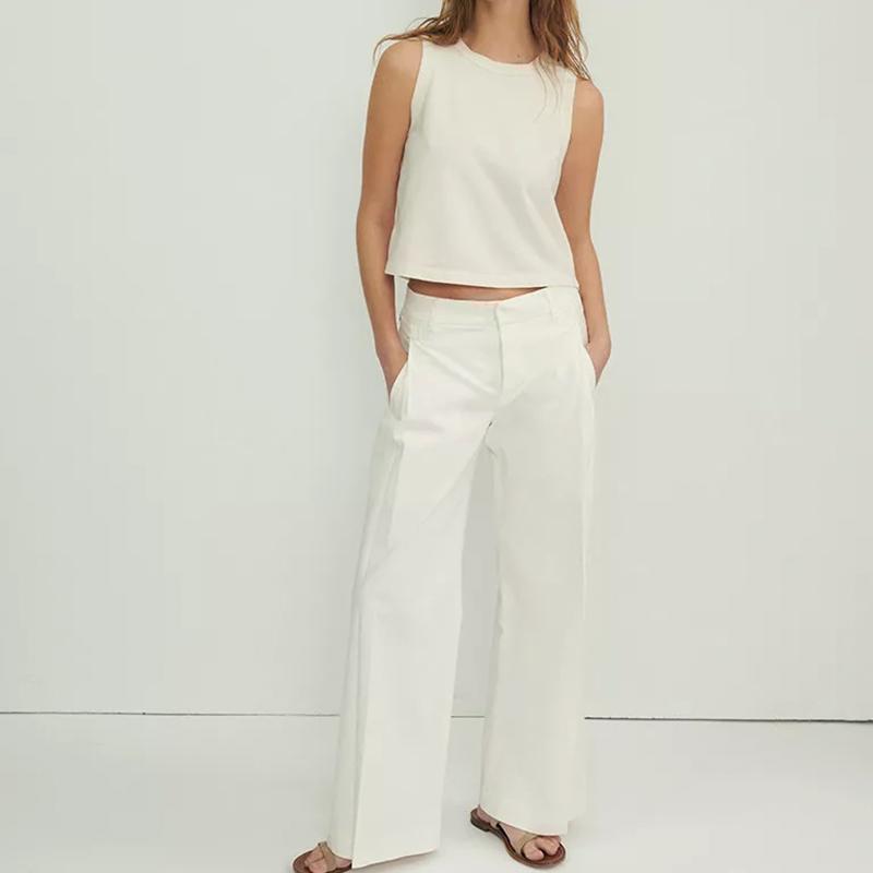 Pantalones blancos con pinzas