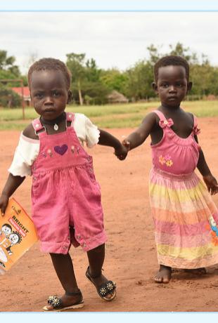 El Regalo Azul de UNICEF te permitirá ayudar a los más necesitados y...