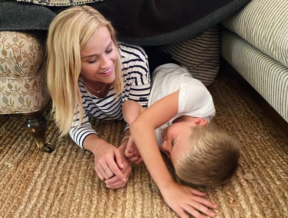 Reese Witherspoon y su hijo Tennessee James Toth