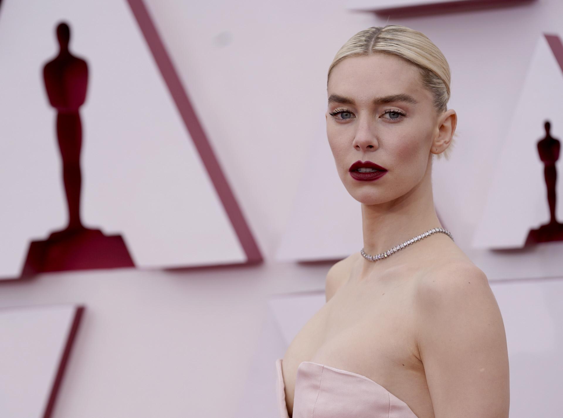 Vanessa Kirby en los Oscar.