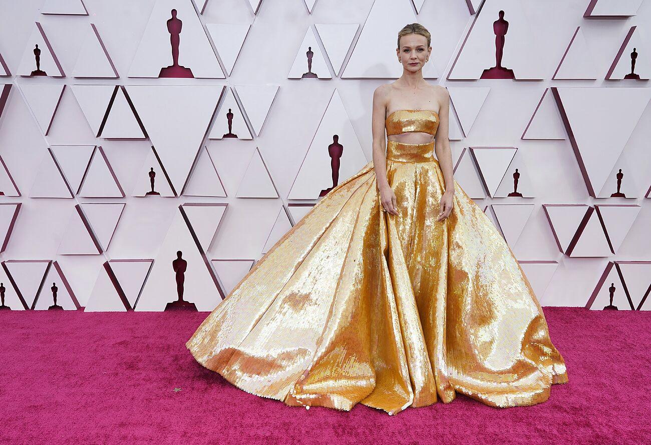 Carey Mulligan en los Oscar 2021.